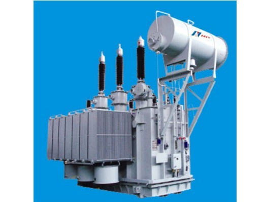 产品采用先进的设计软件进行电磁计算,通过计算机对变压器的主、纵绝缘、冲击电压梯度分布、端部电场分布、短路热稳定和动稳定强度等进行计算分析,保证变压器设计裕度,从而保证变压器的安全可靠运行。具有低损耗、低噪音;运行安全可靠;结构先进,维护方便等特点。 (一)6300kVA~180000kVA三相双绕组无励磁调压电力变压器