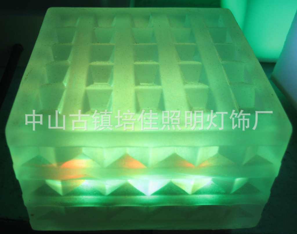 LED水晶玻璃地砖灯、LED玻璃地砖灯价格
