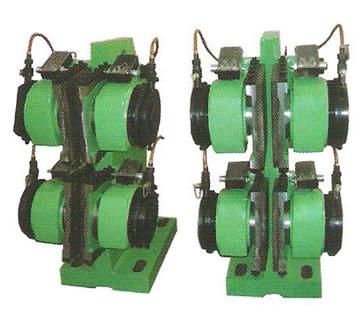 制动器限位开关由接线板(1),开关盒(2),微动开关(3),压板(4),(7)
