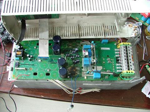 abb变频器内部电路板