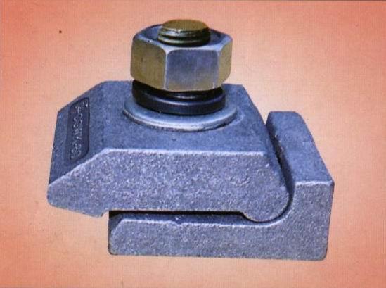 特卖焊接型轨道压板各种型号焊接型轨道